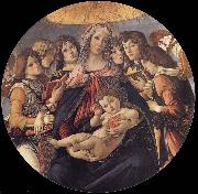 The Madonna and the Nino with angeles Sandro Botticelli